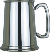 1pt Engraved Pewter Tankard